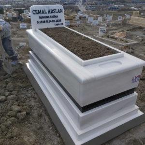 Kars Beyaz Mermer Mezar