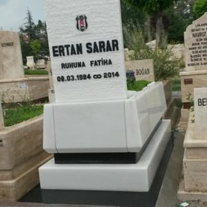 Bala Beyaz Mermer Mezar