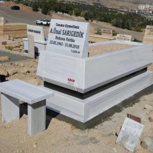 Akyurt Beyaz Mermer Mezar