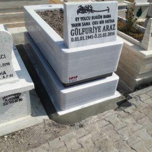Temelli Beyaz Mermer Mezar