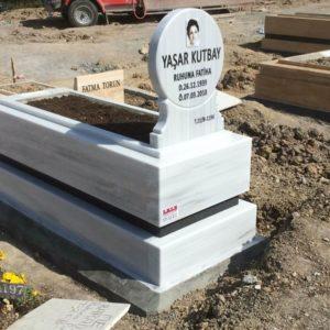 Bağlum Beyaz Mermer Mezar