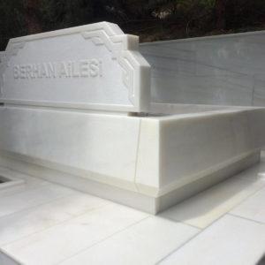 Kütahya Beyaz Mermer Mezar