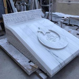 Kütahya Değişik Özel Tasarım Mezarlar