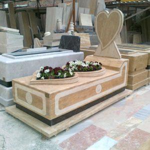 İstanbul Değişik Özel Tasarım Mezarlar