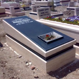 Denizli Değişik Özel Tasarım Mezarlar