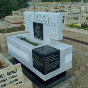 Çanakkale Değişik Özel Tasarım Mezarlar