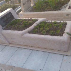 İncek Değişik Özel Tasarım Mezarlar