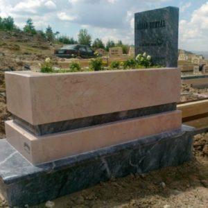Elmadağ Değişik Özel Tasarım Mezarlar