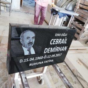 Kalecik Granit Mezar Baş Taşı