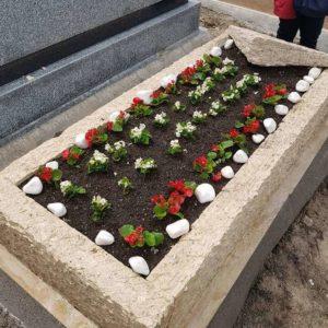 Ortaköy Mezarlığı Mezar Bakımı