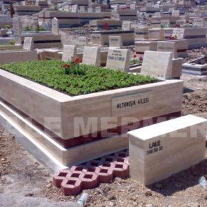 Karşıyaka Mezarlığı Mezar Bakımı