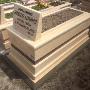 Cebeci Asri Mezarlığı Traverten Mermer Mezar