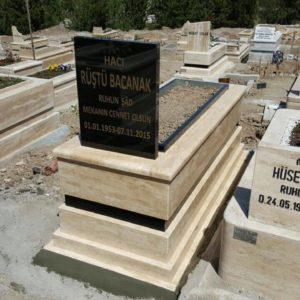 Elmadağ Traverten Mermer Mezar