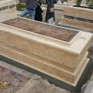 Ağrı Traverten Mermer Mezar