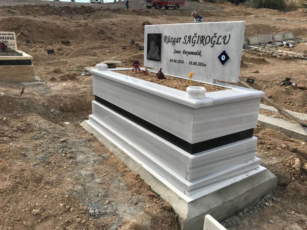 Beyaz mermer mezar fiyatları
